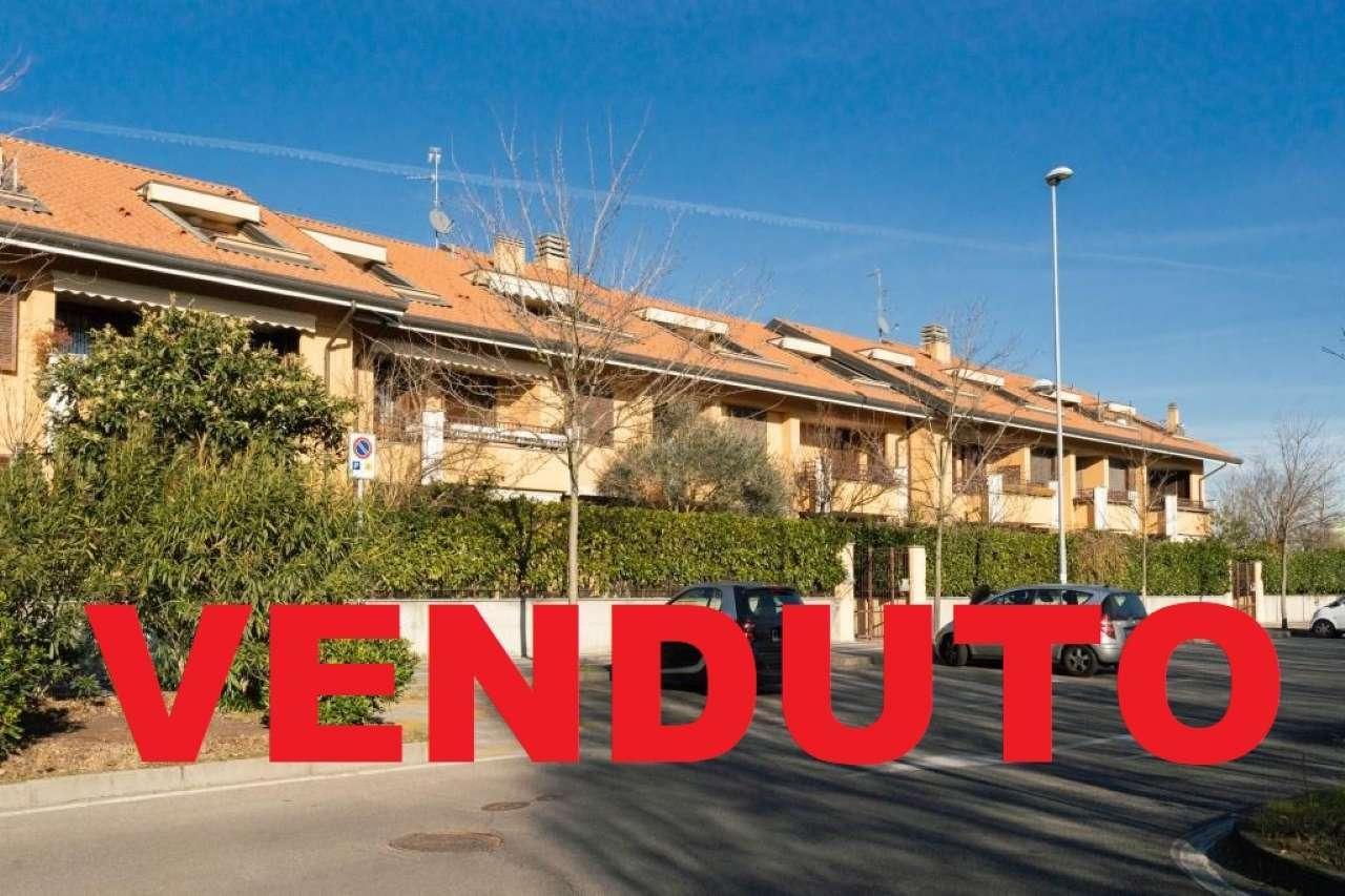 Appartamento in Vendita a Peschiera Borromeo: 3 locali, 130 mq