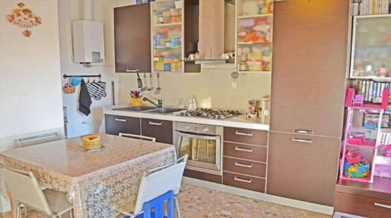 Bilocale Sesto San Giovanni Via Marzabotto 3