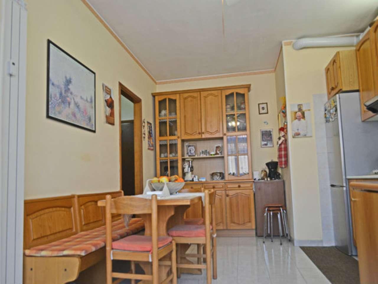 Appartamento in vendita a Cormano, 3 locali, prezzo € 145.000 | Cambio Casa.it