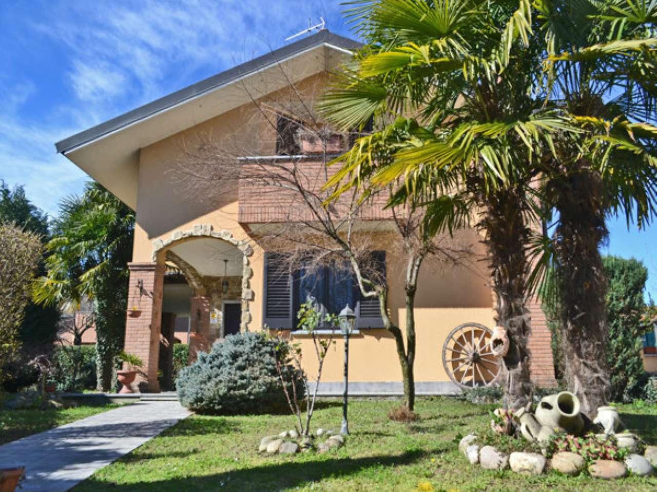 Villa in vendita a Brugherio, 4 locali, prezzo € 579.000   Cambio Casa.it