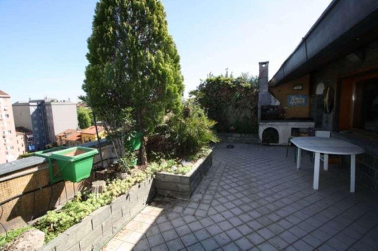 Attico / Mansarda in vendita a Sesto San Giovanni, 6 locali, Trattative riservate | Cambio Casa.it