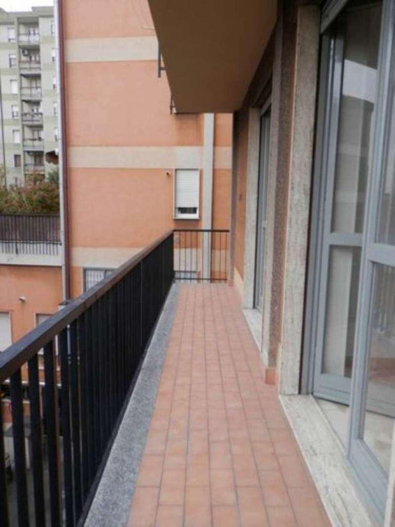 Bilocale Milano Via Aristotele 9