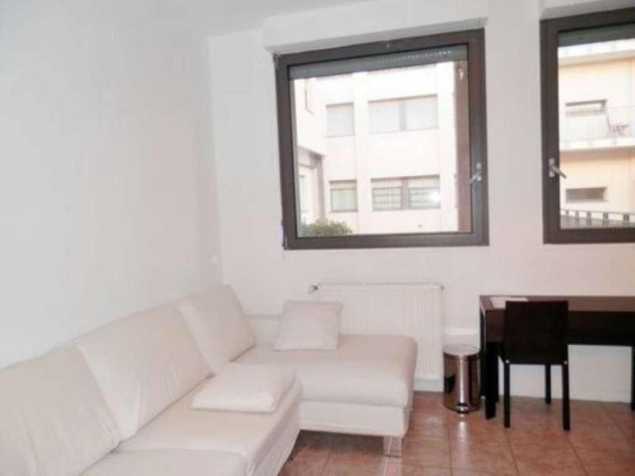 Bilocale Milano Via Sant Uguzzone 5