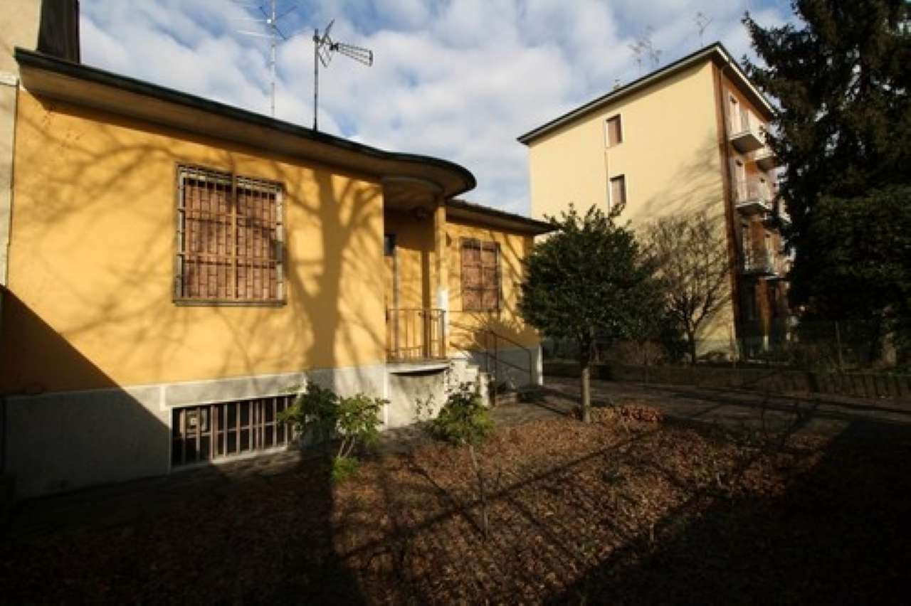 Villa in vendita a Sesto San Giovanni, 4 locali, prezzo € 399.000 | Cambio Casa.it