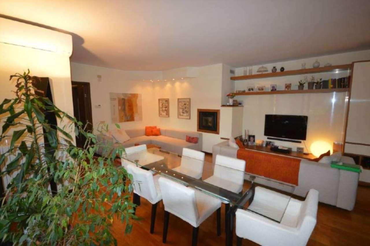 Appartamento in vendita a Cusago, 7 locali, prezzo € 530.000 | Cambio Casa.it