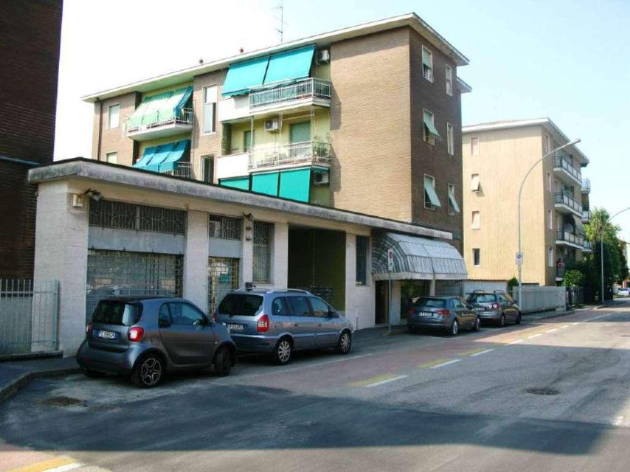 Appartamento in vendita a Sedriano, 3 locali, prezzo € 125.000 | Cambio Casa.it