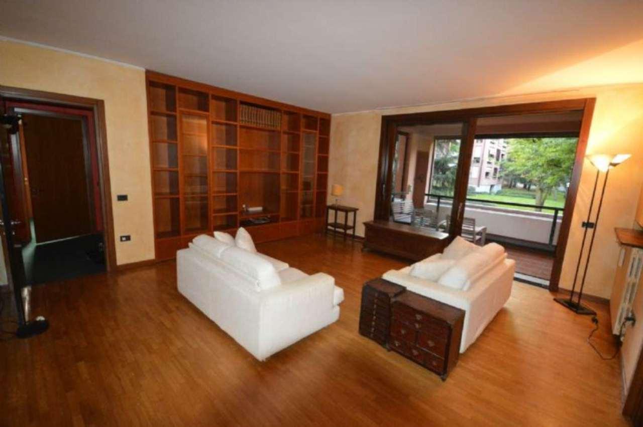 Appartamento in vendita a Cusago, 4 locali, prezzo € 339.000 | Cambio Casa.it