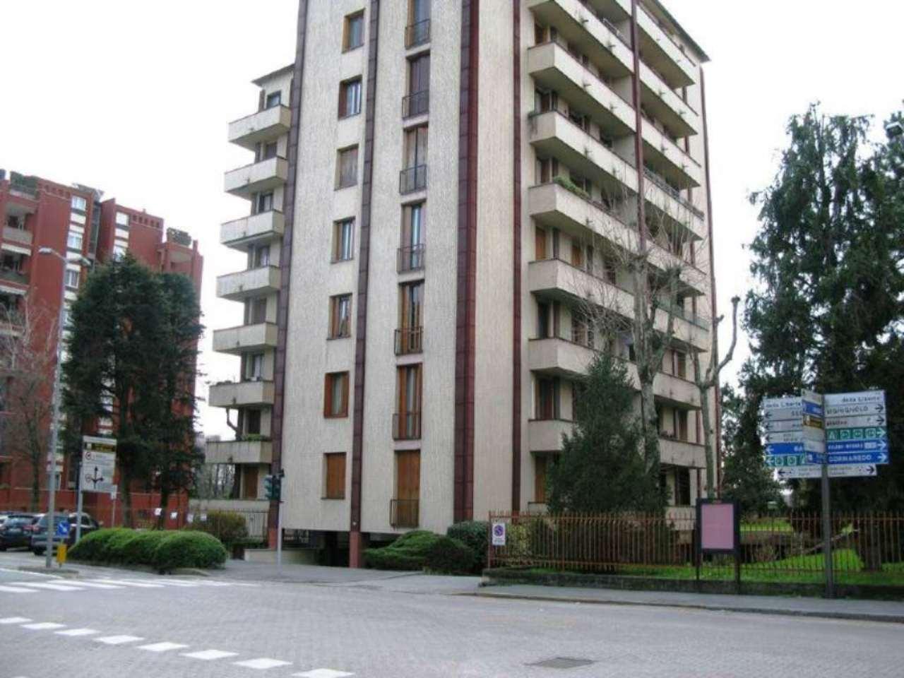 Appartamento in vendita a Settimo Milanese, 4 locali, prezzo € 218.000   Cambio Casa.it