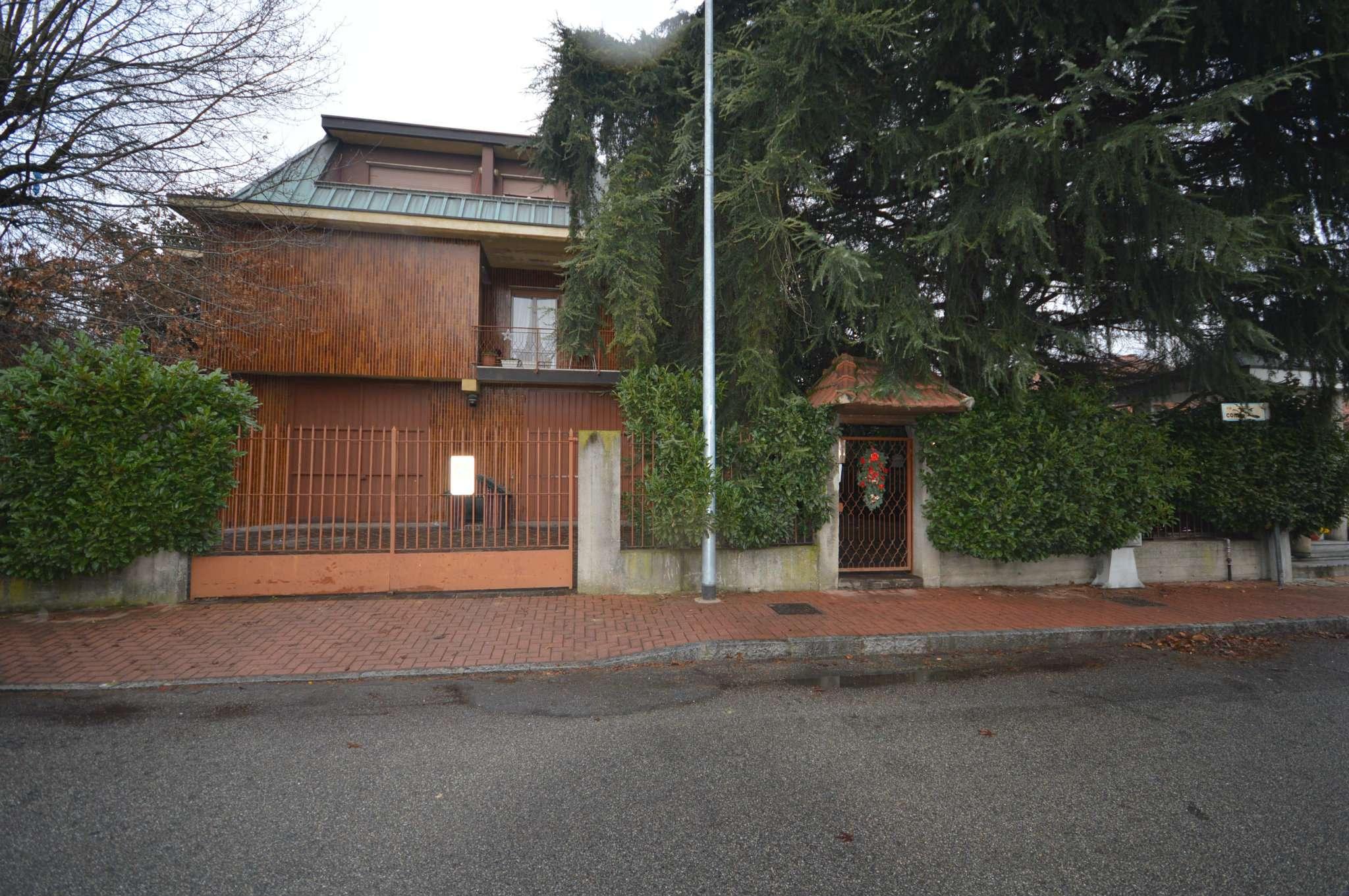 Villa in Vendita a Cusago