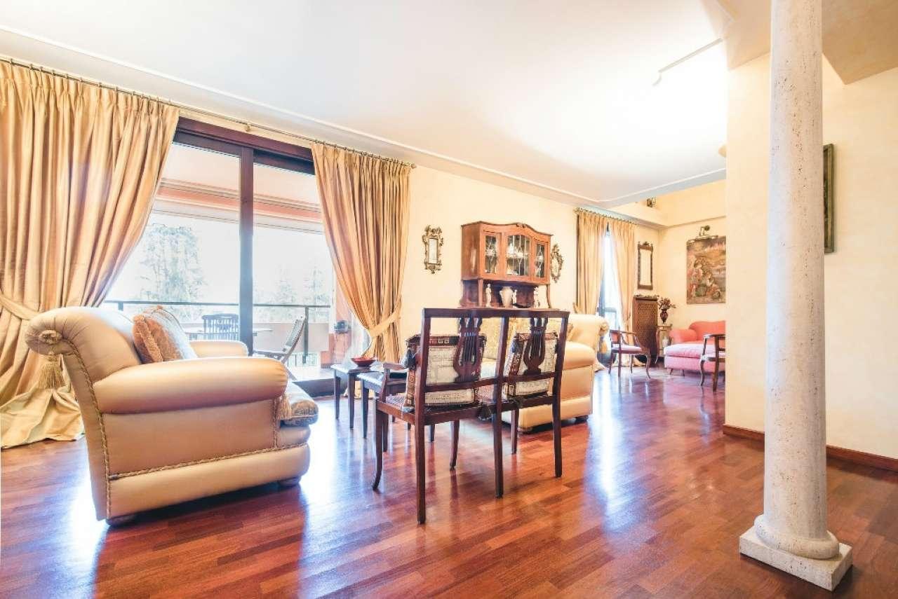 Appartamento in vendita a Cusago, 6 locali, prezzo € 450.000 | Cambio Casa.it