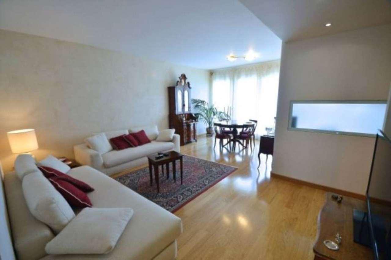 Villa in affitto a Cusago, 6 locali, prezzo € 2.500   Cambio Casa.it