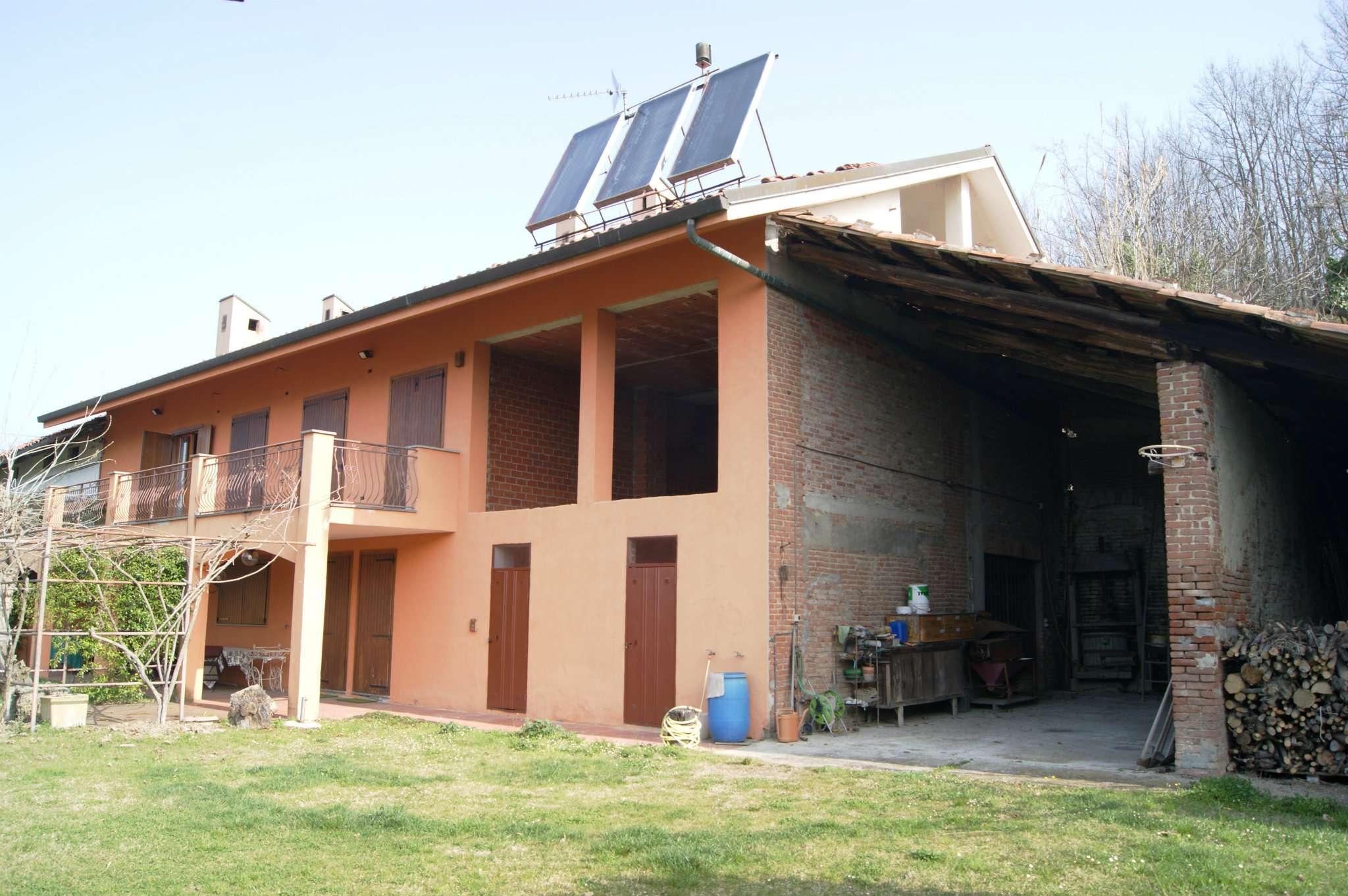 Foto 1 di Casa indipendente via Regione Montariolo 4, Sciolze