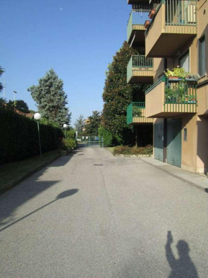 Bilocale Lodi Via San Colombano 10