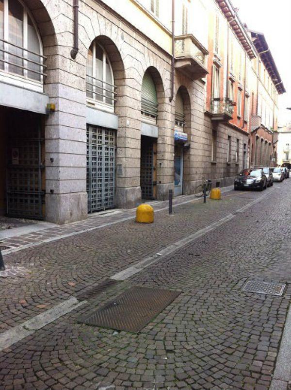 Ufficio / Studio in affitto a Lodi, 3 locali, prezzo € 850 | Cambio Casa.it