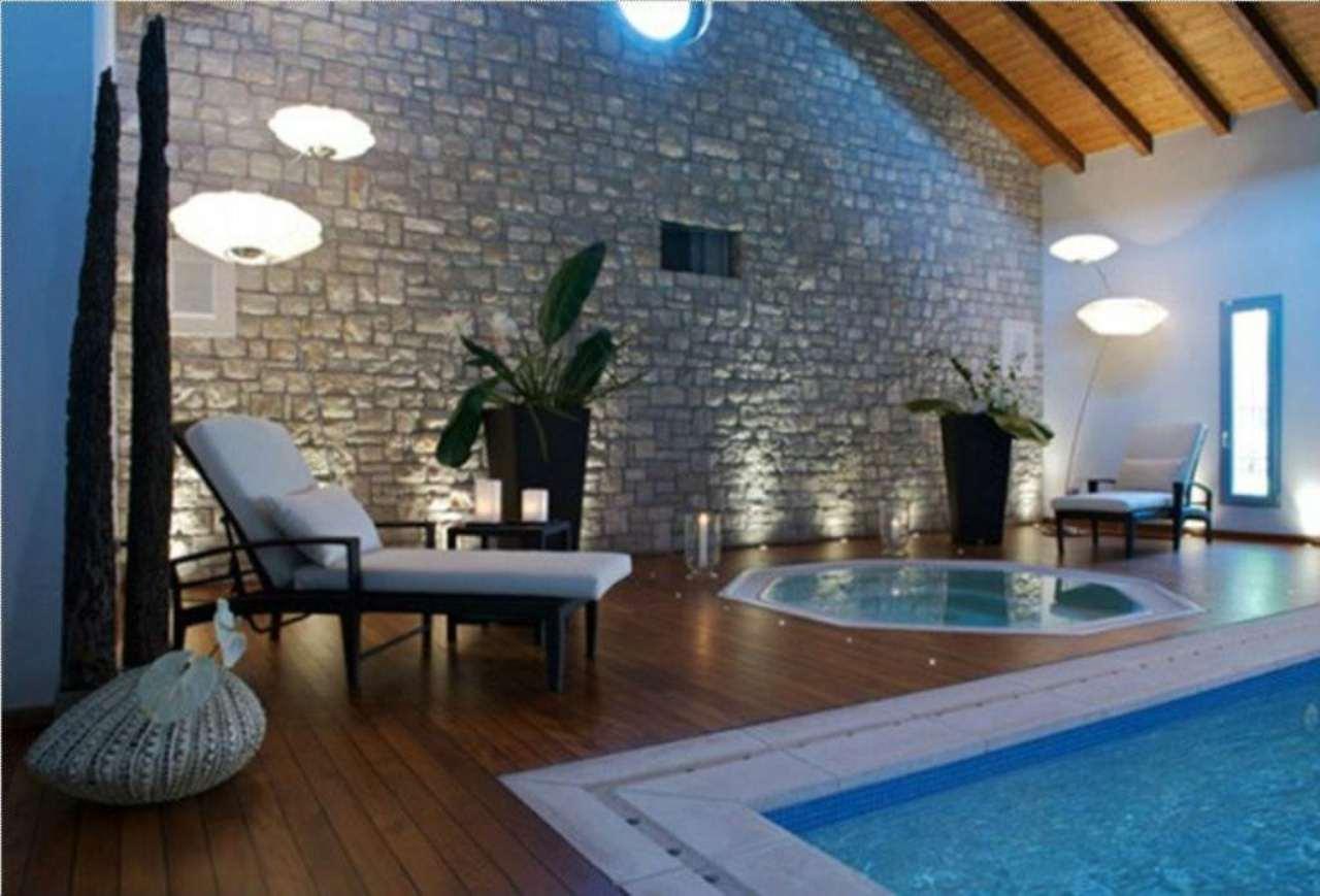 Villa in vendita a Caselle Lurani, 5 locali, prezzo € 650.000 | Cambio Casa.it
