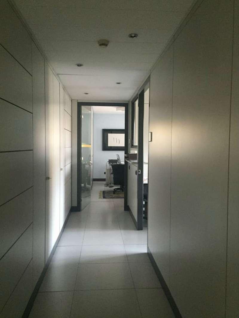 Ufficio / Studio in vendita a Lodi, 9 locali, prezzo € 580.000 | Cambio Casa.it
