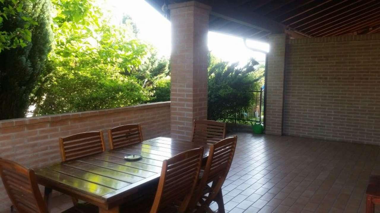 Villa Bifamiliare in vendita a Boffalora d'Adda, 4 locali, prezzo € 210.000   Cambio Casa.it