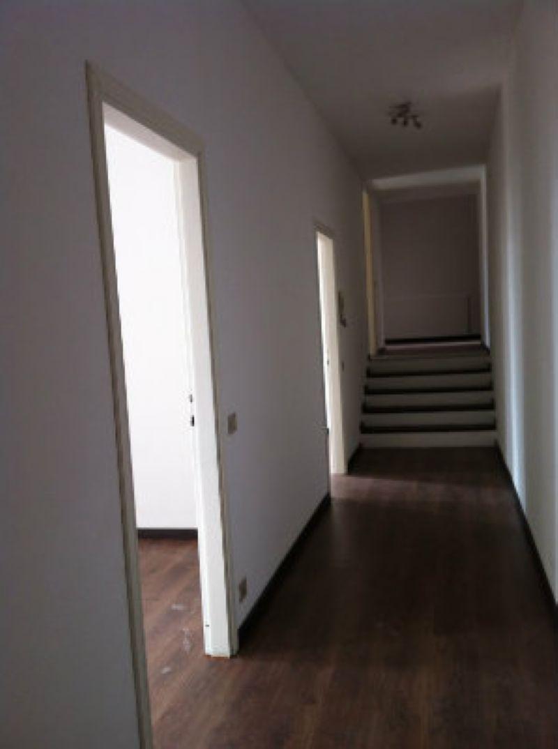 Ufficio / Studio in affitto a Lodi, 4 locali, prezzo € 600 | Cambio Casa.it