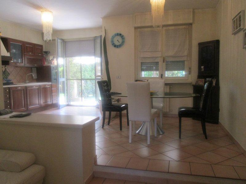 Villa in vendita a Lodi, 5 locali, prezzo € 280.000 | Cambio Casa.it