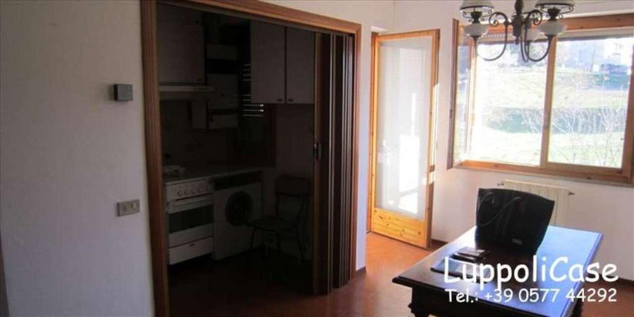 Bilocale Siena Strada Delle Tolfe 7
