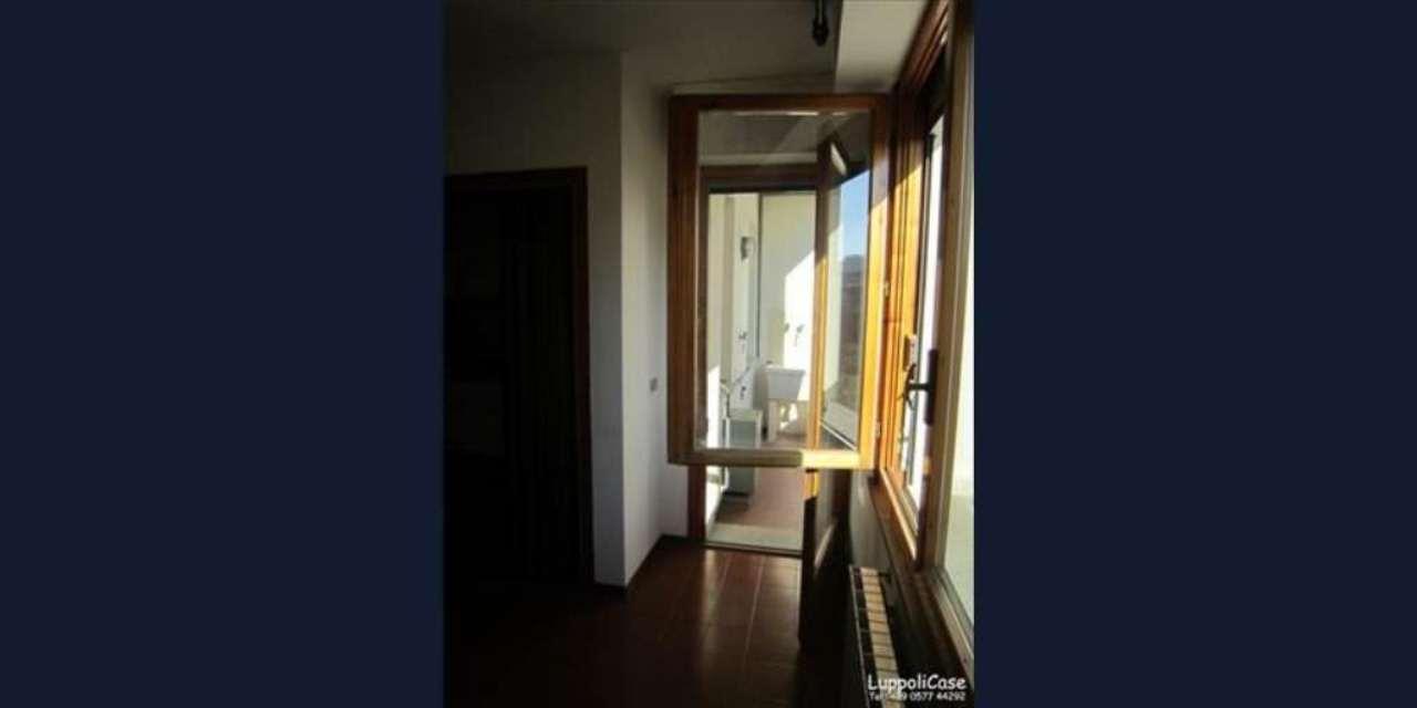 Bilocale Siena Strada Delle Tolfe 8