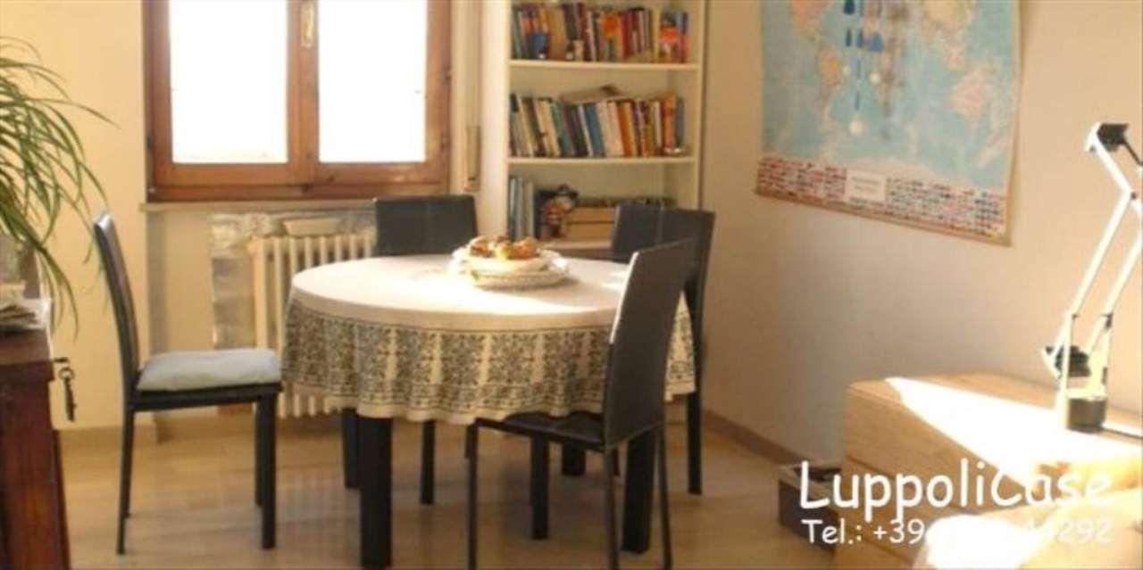 Bilocale Siena Via Luciano Banchi 4