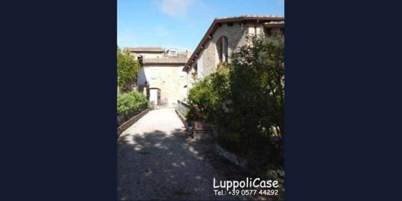 Bilocale Castelnuovo Berardenga Località S. Piero 4