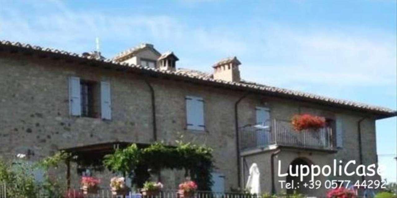 Bilocale Castelnuovo Berardenga Località S. Piero 7