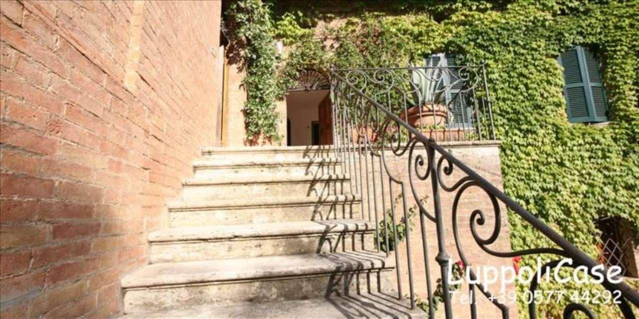 Appartamento 5 locali in vendita a Sovicille (SI)
