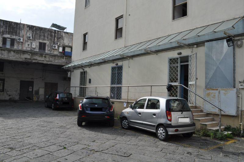 Bilocale Napoli  4