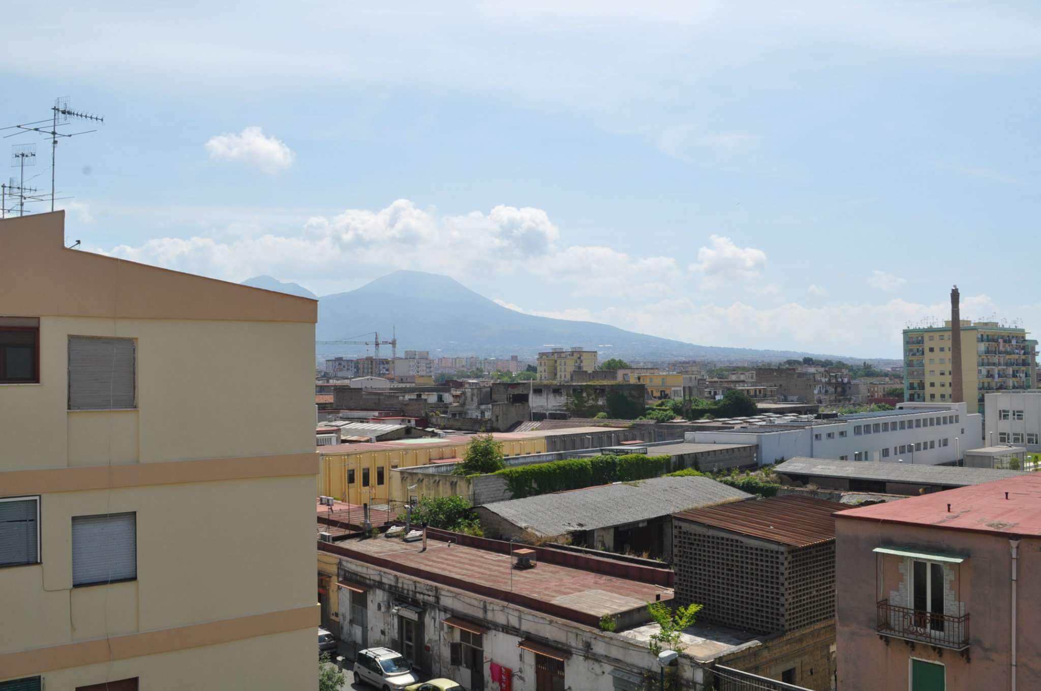 Bilocale Napoli Via Sorrento 2
