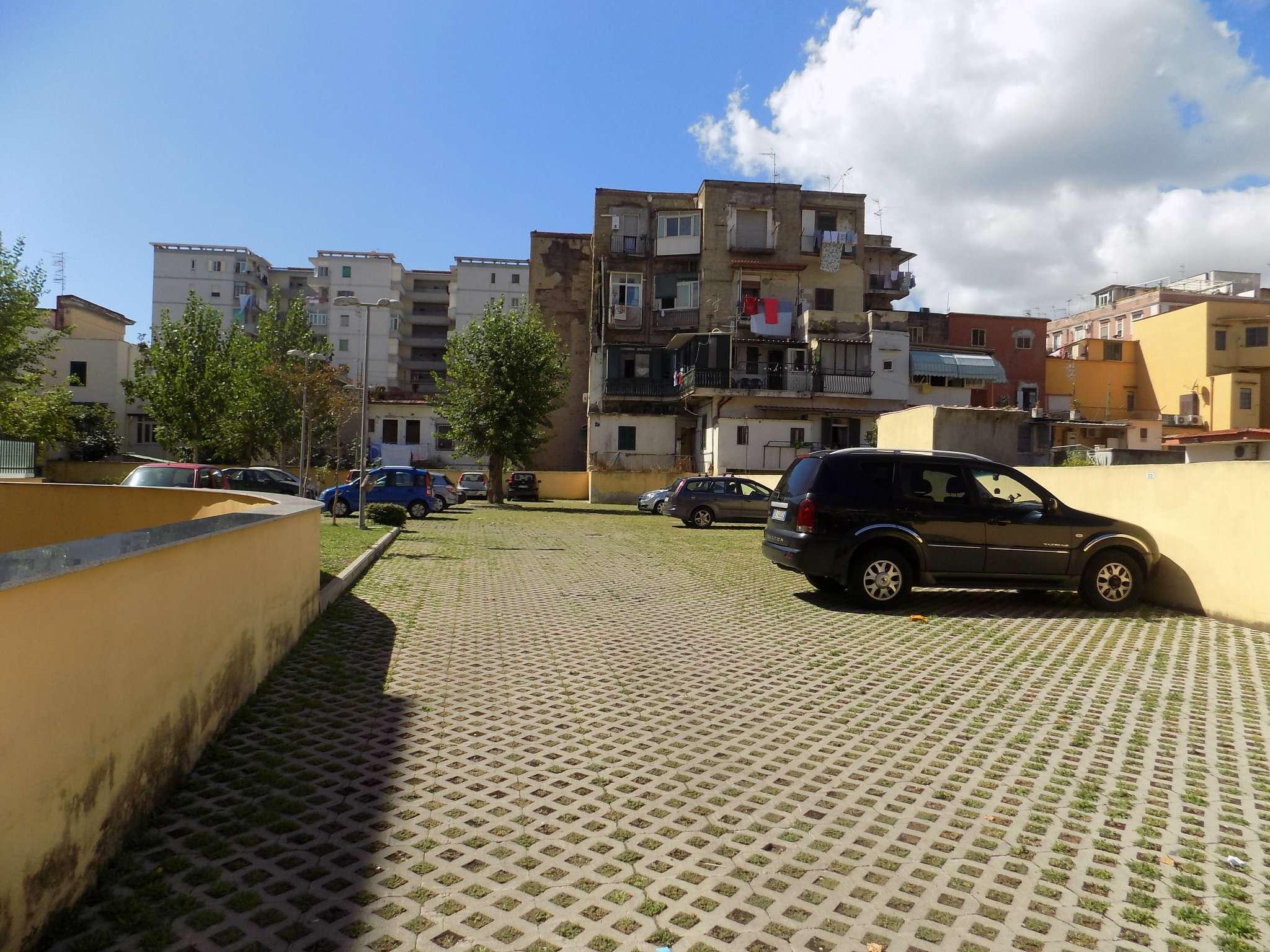 Bilocale Napoli Viale Due Giugno 6