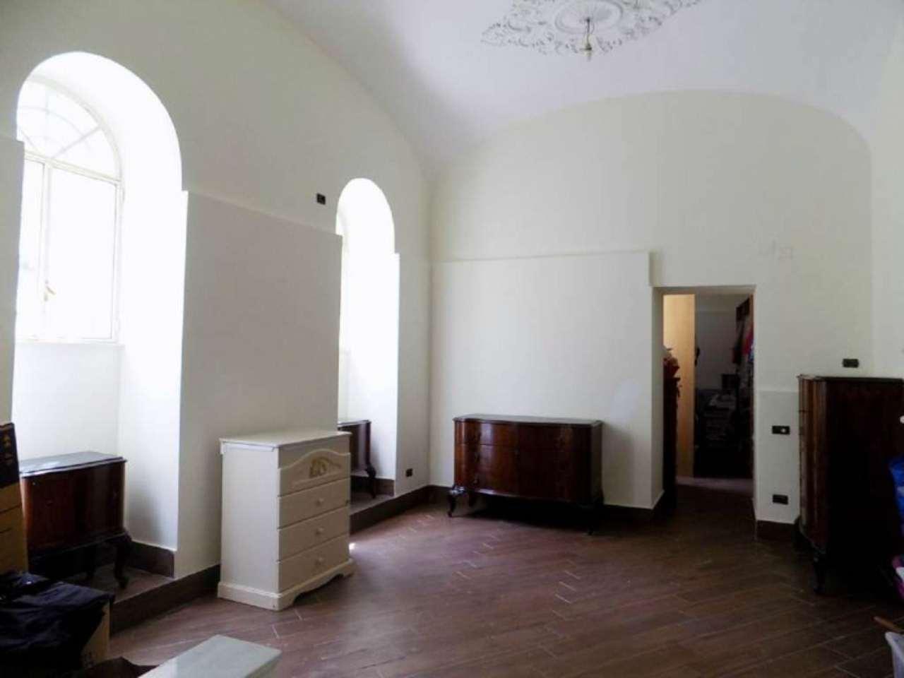Appartamento in affitto a Portici, 2 locali, prezzo € 500 | Cambio Casa.it