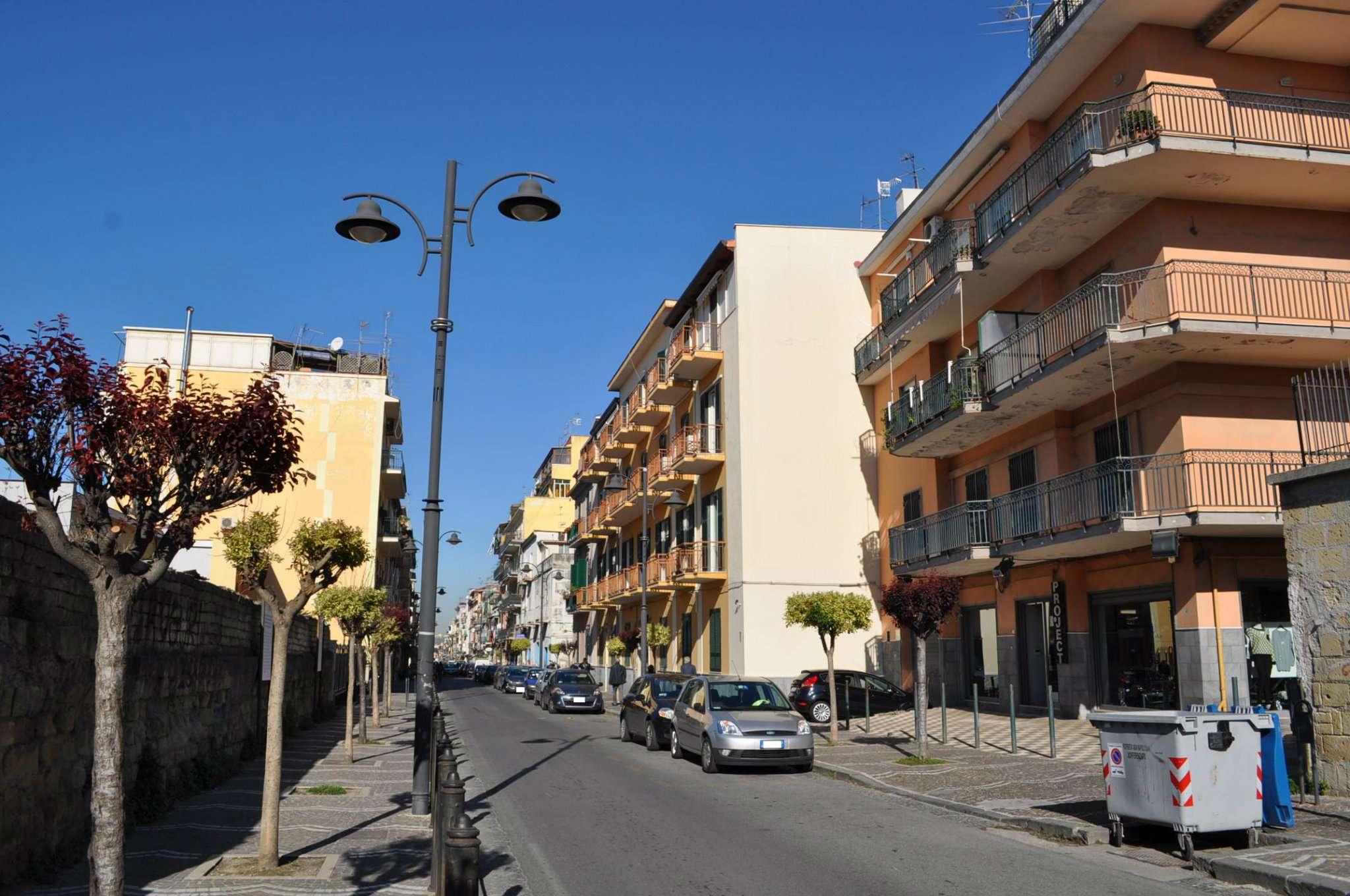 Bilocale Napoli Corso Sirena 2