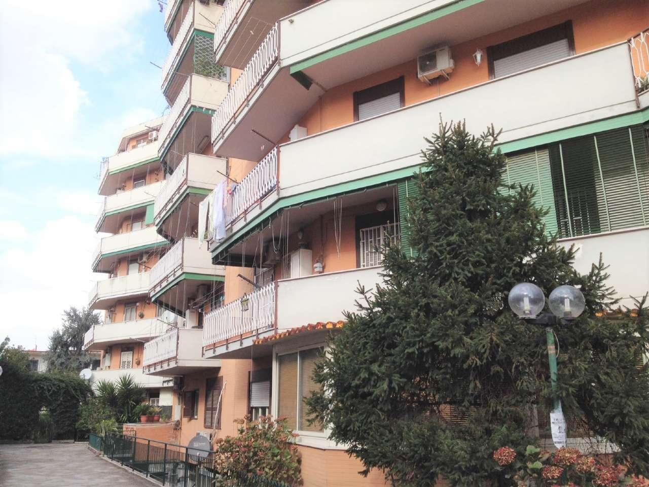 Appartamento in affitto a Casoria, 3 locali, prezzo € 500 | CambioCasa.it