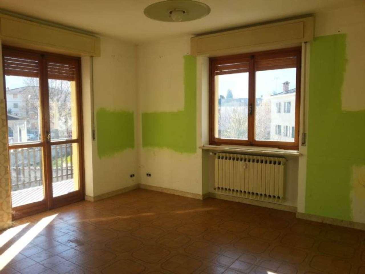 Appartamento in vendita a Boves, 3 locali, prezzo € 88.000 | Cambio Casa.it