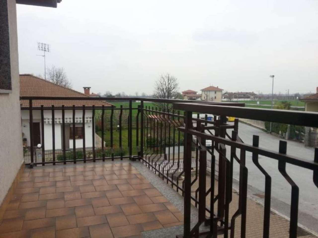 Bilocale Cuneo Via Del Portico 4