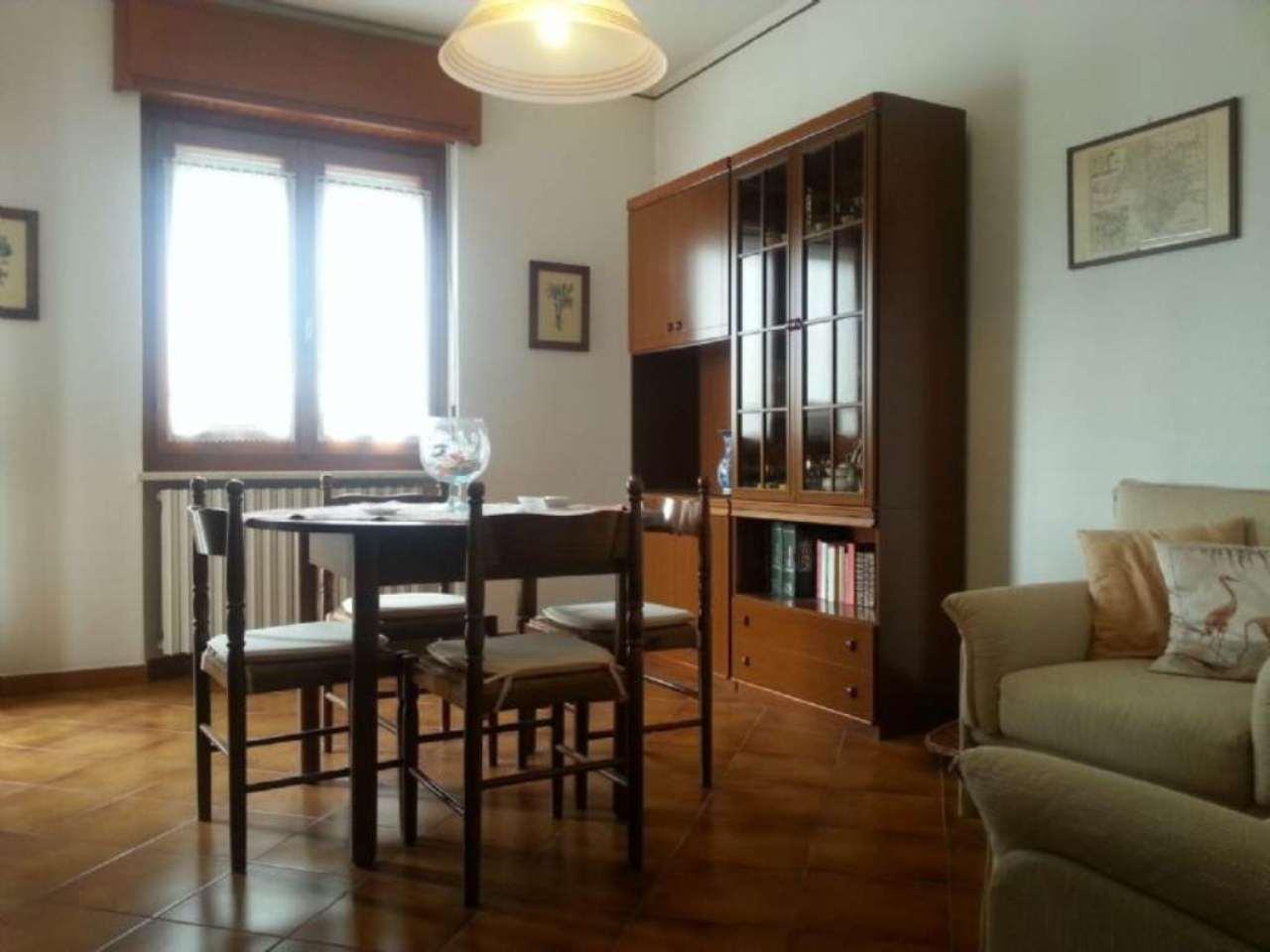 Bilocale Cuneo Via Del Portico 3