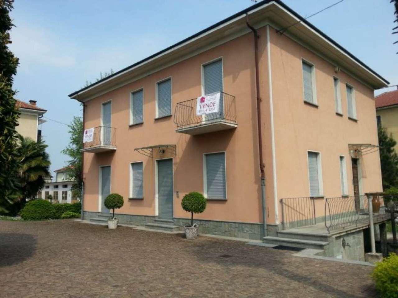 Villa in vendita a Cuneo, 10 locali, prezzo € 480.000 | Cambio Casa.it