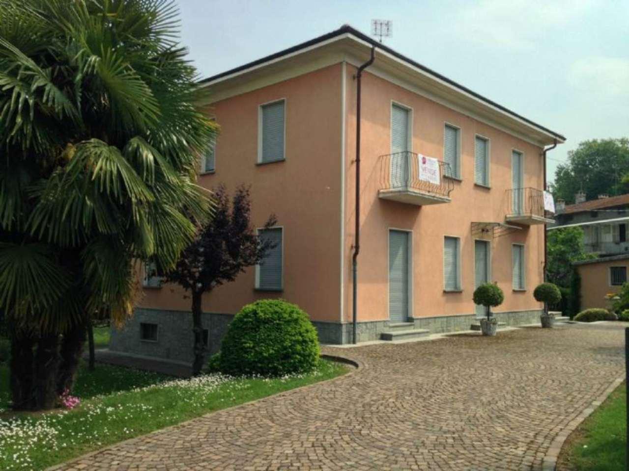Villa in vendita a Cuneo, 10 locali, prezzo € 420.000 | Cambio Casa.it