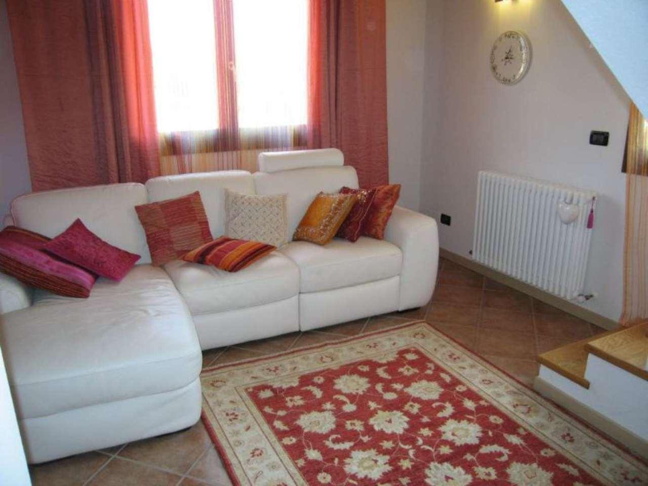 Appartamento in vendita a San Giovanni in Persiceto, 3 locali, prezzo € 160.000 | Cambio Casa.it
