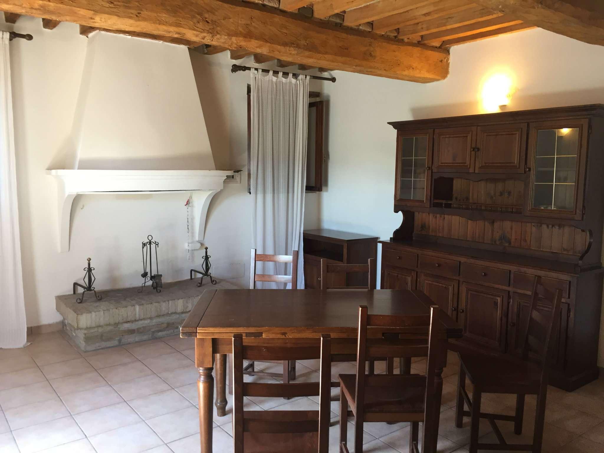 Rustico / Casale in vendita a Cento, 10 locali, Trattative riservate | CambioCasa.it