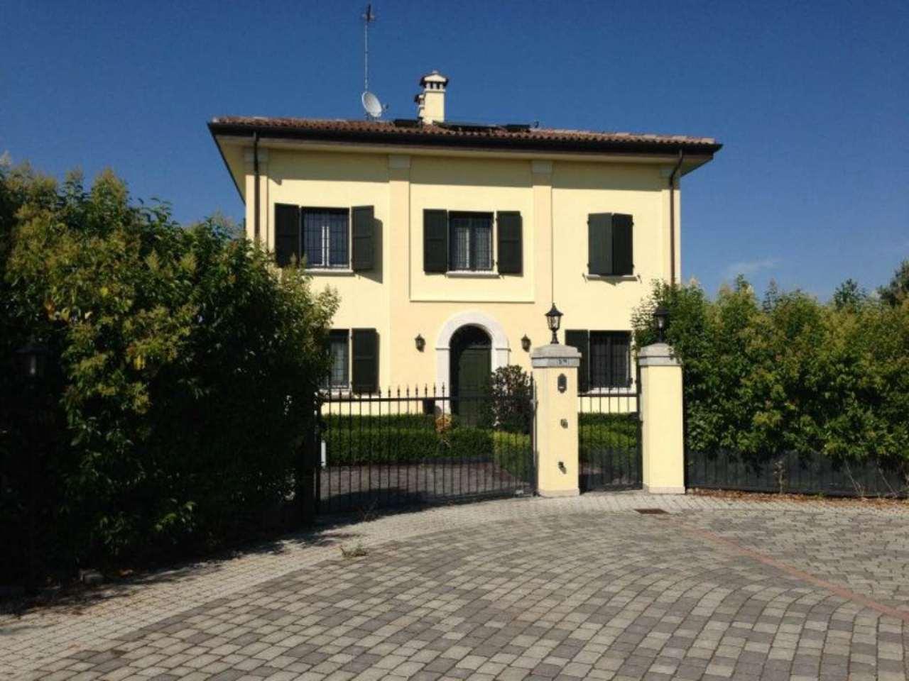 Villa in vendita a Granarolo dell'Emilia, 10 locali, prezzo € 850.000 | Cambio Casa.it