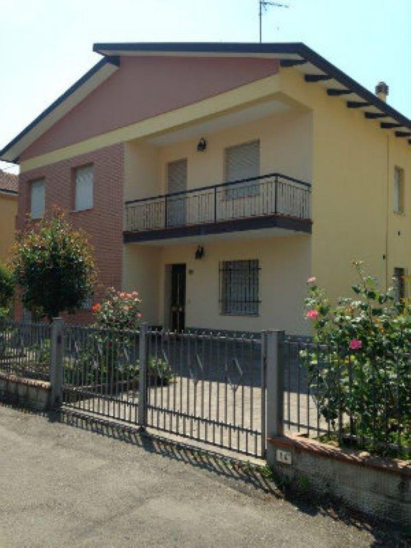 Soluzione Indipendente in vendita a San Giovanni in Persiceto, 11 locali, prezzo € 550.000 | Cambio Casa.it