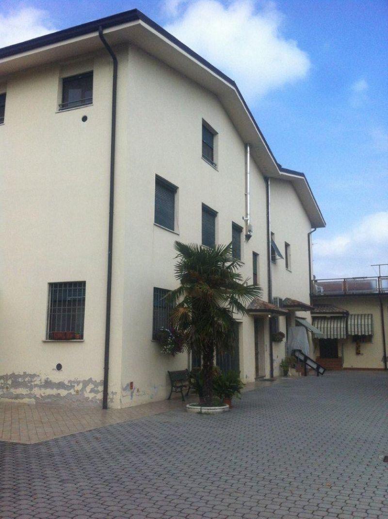 Appartamento in vendita a Crevalcore, 4 locali, prezzo € 135.000 | Cambio Casa.it