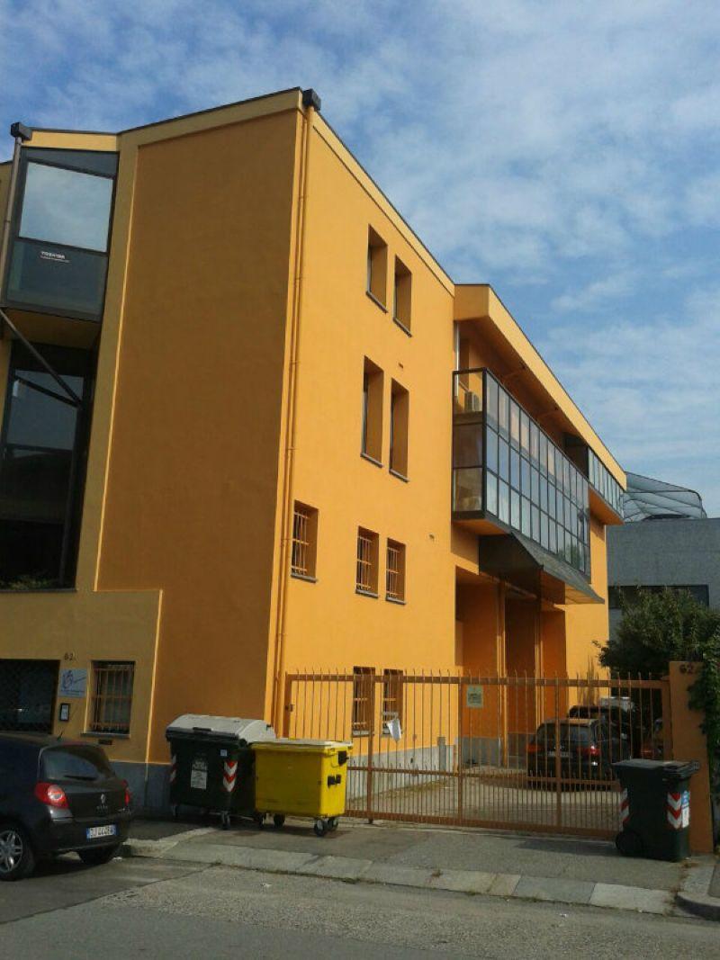 Torino Affitto STABILE / PALAZZO Immagine 0