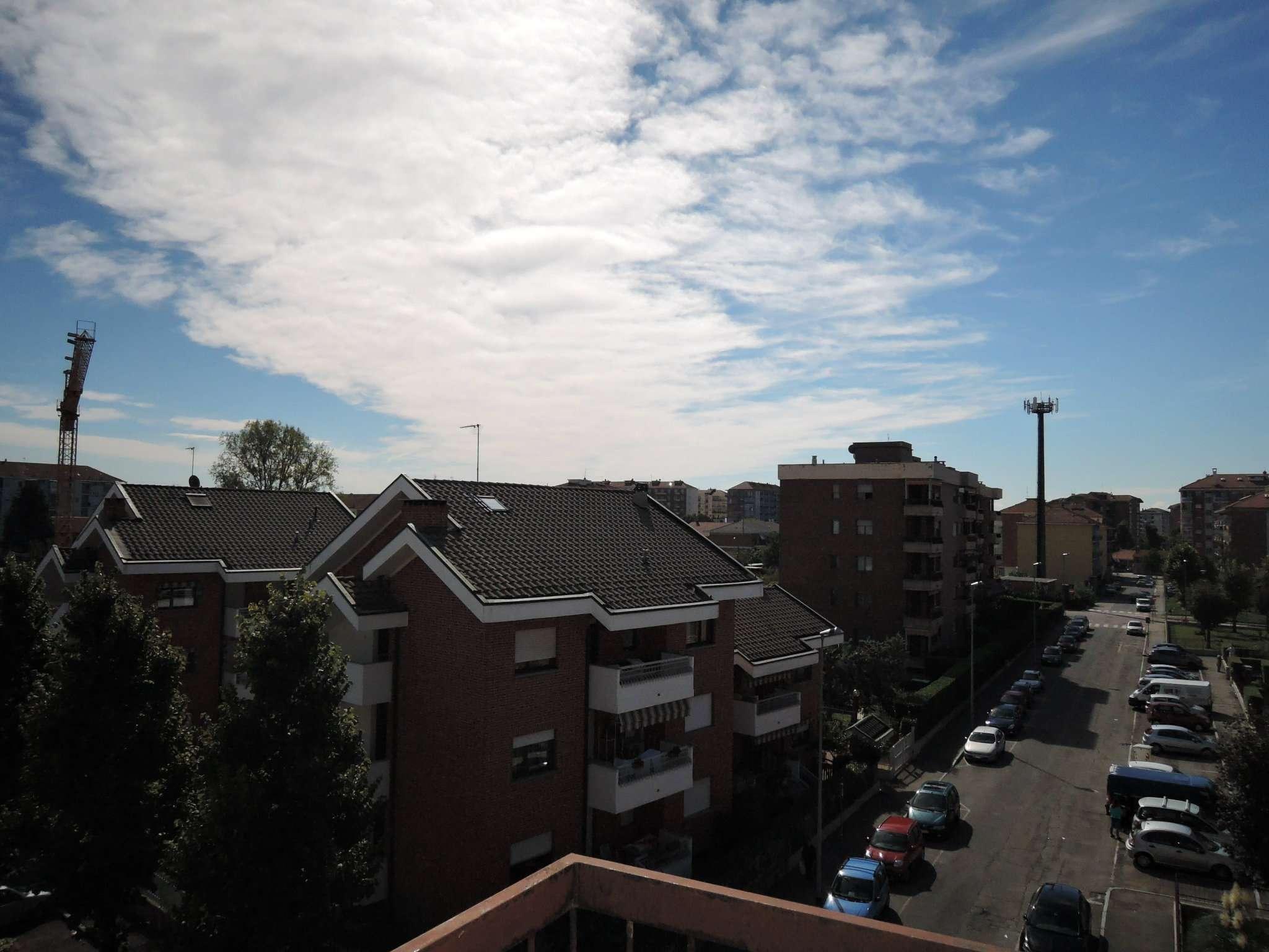 Bilocale Grugliasco Via Trento 5