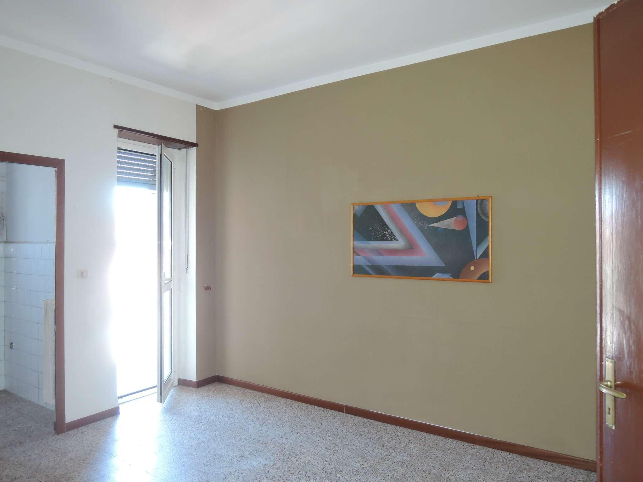 Bilocale Grugliasco Via Trento 12