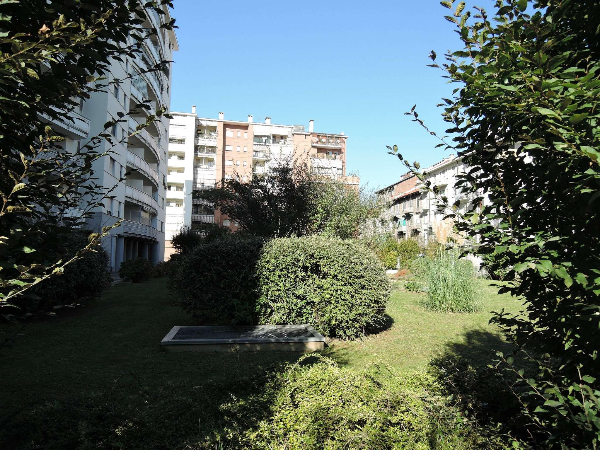 Bilocale Torino Via Carmagnola 3