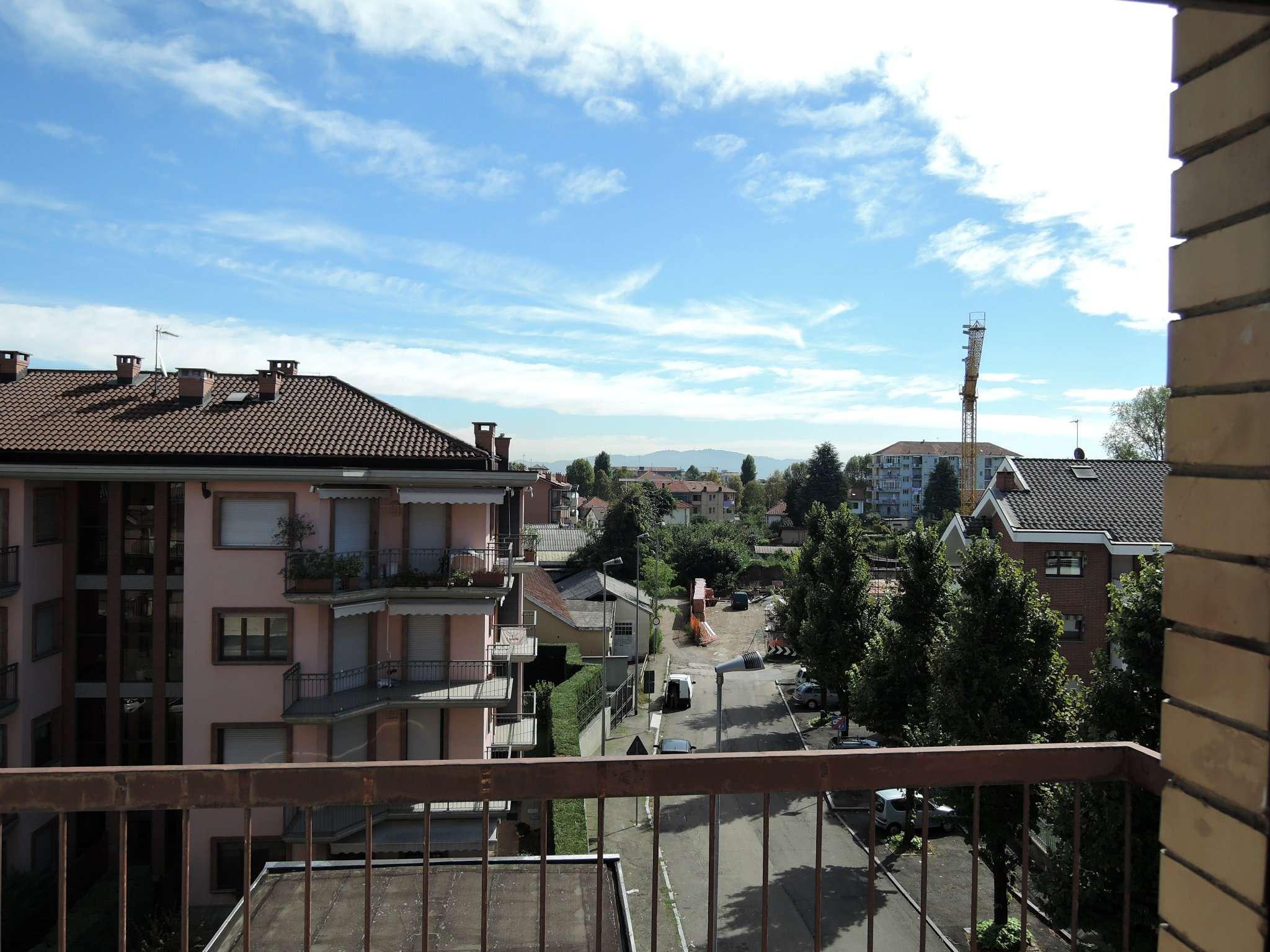 Bilocale Grugliasco Via Trento 2